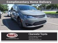 2020 Chrysler Pacifica Hybrid Hybrid Limited (Hybrid Limited FWD) Van Passenger Van in Clearwater