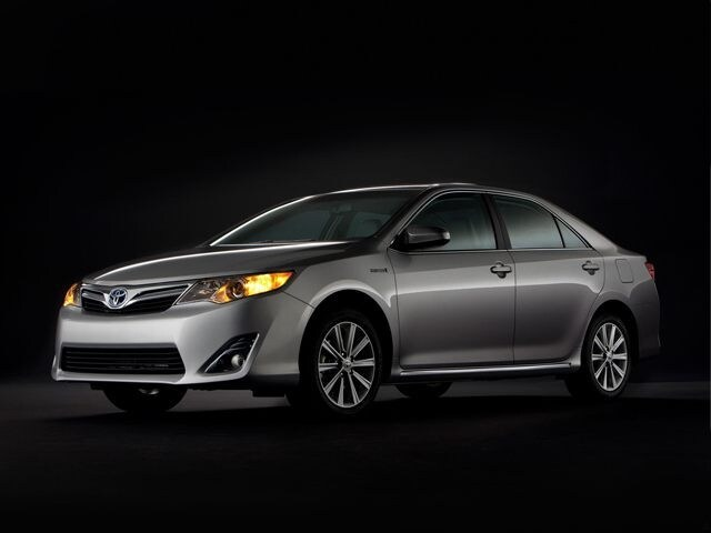 Photo Pre-Owned 2013 Toyota Camry Hybrid XLE in Richmond VA