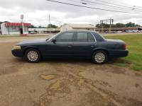 2003 Ford Crown Victoria Police Interceptor 4dr Sedan (3.27 Axle) w/Driver and Passenger Side Air Bags