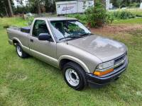 2001 Chevrolet S-10 2dr Standard Cab 2WD SB