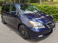 2006 Honda Odyssey Touring 4dr Mini-Van w/DVD and Navi
