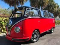 1961 Volkswagen Vanagon Split Window Deluxe