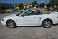 2003 Ford Mustang Premium 2dr Convertible