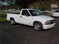 2000 Chevrolet S-10 2dr LS Standard Cab LB