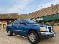 Used 2005 Dodge Dakota SLT