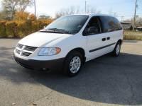 2005 Dodge Caravan SE 4dr Mini-Van w/ Front, Rear and Third Row Head Airbags