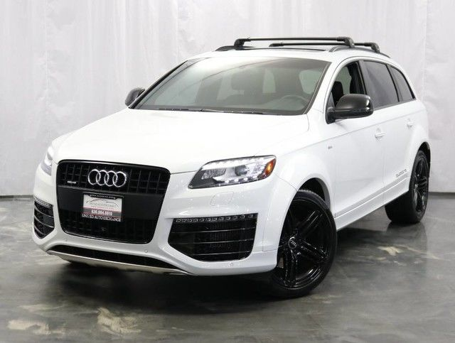 Photo 2015 Audi Q7 Prestige  3.0L V6 TDI DIESEL Engine  AWD Quattro  Navigation  Panoramic Sunroof  Bluetooth . Parking Aid with Rear View Camera  BOSE Premium Sound System  Push Start