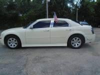 2005 Chrysler 300 Rwd 4dr Sedan