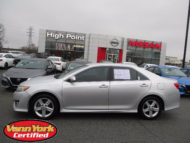 Photo Used 2013 Toyota Camry 4dr Sdn I4 Auto SEFor Sale in High-Point, NC near Greensboro and Winston Salem, NC