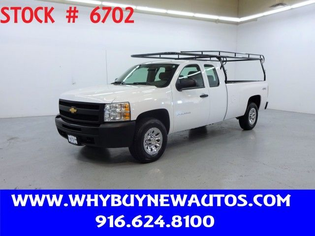 Photo 2012 Chevrolet Silverado 1500  4x4  Extended Cab  Only 74K Miles