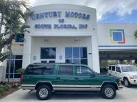 1999 Chevrolet Suburban v8, leather, clean CARFAX- no accidents, roof rack