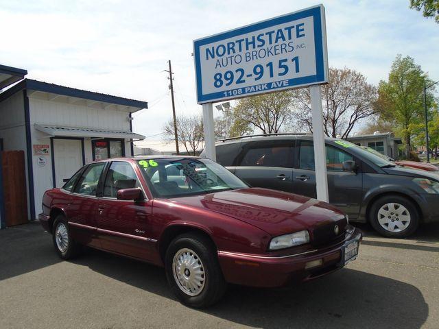 Photo 1996 Buick Regal Custom