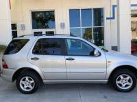 2000 Mercedes-Benz M-Class VERY LOW MILES, all wheel drive, leather, sunroof, v6