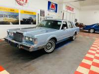 1988 Lincoln Town Car -SUPER LOW MILES - LIKE NEW CONDITION -