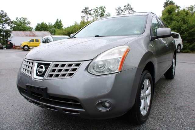 Photo 2010 Nissan Rogue S Krom Edition