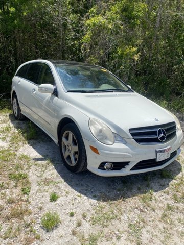 Photo Used 2010 Mercedes-Benz R-Class R 350 SUV