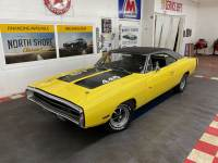 1970 Dodge Charger - R/T - 440 SIX PACK - PISTOL GRIP 4 SPEED - SHOW QUALITY -