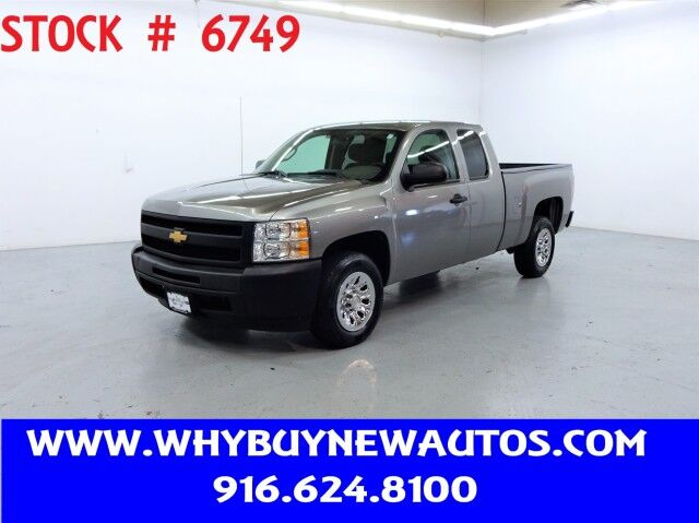 Photo 2012 Chevrolet Silverado 1500  Extended Cab  Only 32K Miles