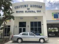 2006 Lincoln Town Car LOW MILES Signature Limited